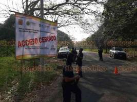 Jalcomulco, Ver., 3 de abril de 2020.- Mireya Álvarez, directora de Turismo Municipal, informó que a partir de este viernes cierra sus accesos a visitantes y turistas, para evitar la propagación del COVID-19.