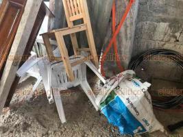 Xalapa, Ver., 3 de abril de 2020.- Dos personas resultaron lesionadas durante una riña por una propiedad en el ejido El Tronconal. Uno de los involucrados fue atacado por un perro que llevaron quienes pretendían tomar a la fuerza la construcción. Intervino personal de Seguridad Pública.