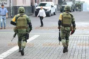 Xalapa, Ver., 7 de abril de 2020.- En calles de la capital se observan elementos de SEDENA preparados para el Plan DN-III-E.