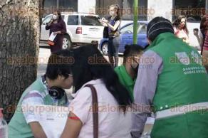 Ciudad de México, 8 de abril de 2020.- En el Metro Revolución, el gobierno de la CDMX entregó el apoyo emergente por COVID-19 a trabajadoras sexuales ante el desempleo generado por la Emergencia Sanitaria. Piden más apoyos para hospedaje y atención integral.