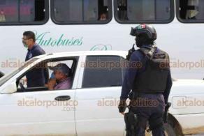 Córdoba, Ver., 27 de mayo de 2020.- Este municipio, Fortín y Amatlan de los Reyes cerraron las calles de su primer cuadro, además realizan filtros sanitarios en entradas y salidas, se restringió el número de pasajeros en el transporte público.