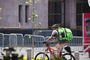 Xalapa, Ver., 28 de mayo de 2020.- Este jueves se observó mucho movimiento de empleados de