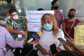 Xalapa, Ver., 2 de junio de 2020.- Comerciantes del Parque Juárez se manifestaron para pedir a las autoridades municipales que los dejen trabajar, pues no tienen ningún ingreso para subsistir.