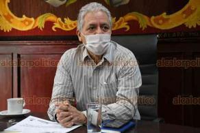 Xalapa, Ver., 3 de junio de 2020.- El alcalde Hipólito Rodríguez habló sobre las medidas de sanidad que deben aplicarse en los locales que reinicien actividad, pues advirtió que aún se está en etapa crítica de la pandemia.