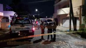Veracruz, Ver., 3 de junio de 2020.- En el fraccionamiento Floresta fue asesinado a puñaladas, Ángel Fuentes Olivares, exfiscal de Veracruz y expromotor deportivo. Se desconoce si el móvil fue asalto o venganza.