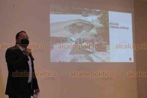 """Xalapa, Ver., 4 de junio de 2020.- """"La corrupción está cobrando vidas"""", acusó el diputado local Omar Miranda al reprochar que una niña muriera por un accidente vial a consecuencia de la obra inconclusa en el bulevar Córdoba-Peñuela."""