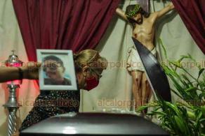 Veracruz, Ver., 2 de julio de 2020.-  ¡Queremos justicia, que ya se acabe esto de los malos policías! ¡Vean el sufrimiento de su madre y de su padre!, dijeron familiares de Jonathan, que, afirman, dejó a dos niños en orfandad.
