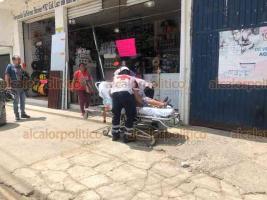 Xalapa, Ver., 2 de julio de 2020.- Una adulta mayor fue impactada por una motocicleta, en la avenida Fernando Gutiérrez Barrios, en la colonia Unidad y Progreso. La lesionada fue atendida por paramédicos de la Cruz Roja.
