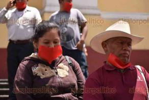 Xalapa, Ver., 3 de julio de 2020.- Taxistas del municipio de Huatusco se manifestaron en Plaza Lerdo. Denunciaron anomalías por parte del delegado de Transporte Público de aquella zona, Radamés del Ángel Hernández.