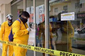 Acayucan, Ver., 8 de julio de 2020.- El Gobierno de Acayucan suspendió provisionalmente las actividades de la sucursal del banco BBVA Bancomer, ubicado en la calle Hidalgo, en el primer cuadro de este municipio.