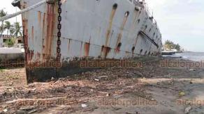 Boca del Río, Ver., 8 de julio de 2020.- Ninguna autoridad se ha preocupado por reparar el buque