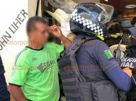 Xalapa, Ver., 14 de julio de 2020.- Hombre de 52 años de edad fue golpeado por otra persona que escapó luego de la agresión, ocurrida en la calle Revolución esquina Julián Carrillo. Al sitio acudieron elementos de la Policía Vial y Estatal para auxiliar al agraviado.