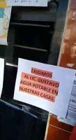 Xalapa, Ver., 15 de julio de 2020.- Habitantes de Las Vigas de Ramírez protestaron ante oficinas de la CAEV, pues desde noviembre de 2019 el suministro es irregular y sólo les abastecen del líquido con pipas.