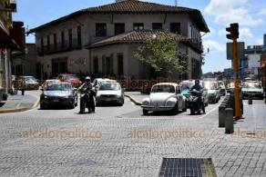 Xalapa, Ver., 5 de agosto de 2020.- Luego de permanecer más de 15 días cerrado, este miércoles el Centro de la Capital fue abierto a la circulación vehicular.