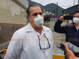 Orizaba, Ver., 9 de agosto de 2020.- Médicos protestaron en reclamo de la situación de su compañero en Chiapas, Gerardo Vicente Grajales Yuca, acusando que fue vinculado injustamente a proceso por abuso de autoridad.