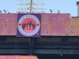 Veracruz, Ver., 14 de agosto de 2020.- Aficionados de los Tiburones Rojos mostraron su descontento por la llegada del club deportivo Atlético Veracruz, que se incorporó a la liga de balompié mexicano y quedará en lugar de los Escualos.