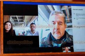 Xalapa, Ver, 30 de septiembre de 2020.- El titular de la SSP, Hugo Gutiérrez, dio la bienvenida al nuevo Comité Internacional de la Cruz Roja (CICR), integrado por Julian Jaccard y Antonio Falcón; además, agradeció el apoyo de Andreane Valeriote.
