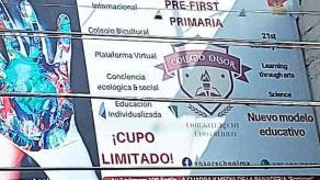 Fortín, Ver., 1° de octubre de 2020.- Aunque la SEP y SEV aclararon que sólo habrá clases presenciales hasta el color verde del semáforo de COVID-19, en el Colegio Ensor se observa el ir y venir de menores con sus mochilas.