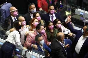 Ciudad de México, 20 de octubre de 2020.- Ante el aumento de la ocupación en las camas de los hospitales por caso de COVID-19, la Ciudad de México podría pasar del semáforo naranja a rojo en los próximos días.