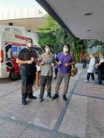 Veracruz, Ver., 23 de octubre de 2020.- En el marco del Día del médico, el personal del área COVID-19 del Hospital de Alta Especialidad de Veracruz, recibieron canilla y lechero como reconocimiento que realizan en el marco de la lucha en contra de esta pandemia.