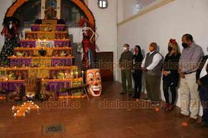 Xalapa, Ver., 30 de octubre de 2020.- Inaugura el secretario de Gobierno, Eric Cisneros, actividades en Casa de la Cultura para conmemorar el Día de Muertos.