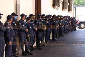 Xalapa, Ver., 25 de noviembre de 2020.- Elementos de Seguridad Pública llegaron para resguardar el primer cuadro de la ciudad, previo a la marcha feminista anunciada para este día.