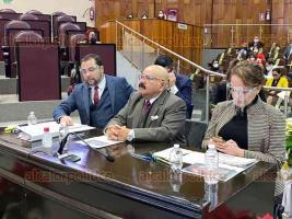 Xalapa, Ver., 2 de diciembre de 2020.- Roberto Ramos Alor, titular de la Secretaría de Salud, acudió al Congreso del Estado para comparecer ante diputados de la Comisión de Salud y Asistencia, como parte de la Glosa del Segundo Informe de Gobierno.