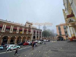 Xalapa, Ver., 4 de diciembre de 2020.- Así se observó la tarde de este viernes la Capital del Estado, que fue cubierta por neblina.