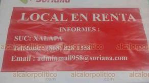 Xalapa, Ver., 18 de enero de 2021.- Negocios de ropa y regalos, principalmente, cerraron sus puertas luego de años de estar rentando en plaza comercial ubicada sobre la avenida Xalapa.