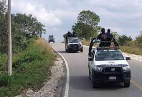 Las Choapas, Ver., 19 de enero de 2021.- Tras el asesinato de 12 personas, elementos de seguridad se desplegaron por esta región. Colaboran para dar con los autores del multihomicidio.