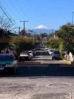 Xalapa, Ver., 21 de enero de 2021.- Tras los fríos y lluviosos días de las últimas semanas, el volcán Pico de Orizaba luce imponente y extensamente nevado. La vista desde la calle Volcán de Colima.