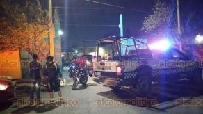 Veracruz, Ver., 21 de enero de 2021.- Dos sujetos armados robaron un carro tipo Jetta, en el estacionamiento de Mega Las Palmas, localizando el carro en un estacionamiento de un hotel en la colonia Formando Hogar. Al punto se trasladaron elementos de la Policía Naval, Municipal y Estatal.