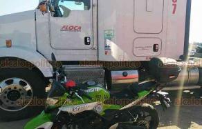 Emiliano Zapata, Ver., 27 de enero de 2021.- Elementos de Tránsito del Estado y Guardia Nacional localizaron un tractocamión que contaba con reporte de robo, en la carretera Las Trancas-Coatepec. El vehículo fue asegurado y puesto a disposición de la Fiscalía General del Estado.