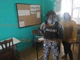 Veracruz, Ver., 27 de enero de 2021.- Docentes que acudieron a la primaria