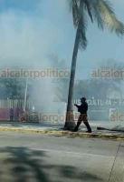 Veracruz, Ver., 27 de enero de 2021.- En la avenida Salvador Díaz Mirón, a la altura de Reino Mágico, Chevy se incendió. Bomberos sofocaron el siniestro, no se reportaron lesionados. Tránsito Municipal cerró la circulación durante las maniobras.