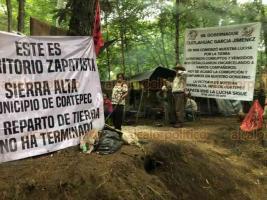 Xalapa, Ver., 27 de enero de 2021.- Integrantes de la CIOAC en Coatepec han realizado desmonte en Sierra Alta, aunque un juez federal ordenó que no afectaran el entorno mientras se resuelve el conflicto por las tierras con quienes se dicen propietarios.