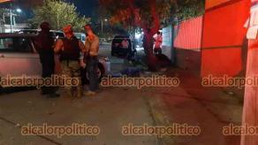Veracruz, Ver., 26 de febrero de 2021.- En el fraccionamiento Condado Valle Dorado, una mujer de la tercera edad, perdió la vida al ser arrollada de reversa con la unidad que era tripulada por su hijo.