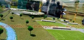 Orizaba, Ver., 4 de marzo de 2021.- La Ciudad de Futbol de Orizaba que comenzó a construirse este jueves tendrá aulas, gimnasio, baños, vestidores, zona de masaje, clínica, así como campos sintéticos y con césped natural.