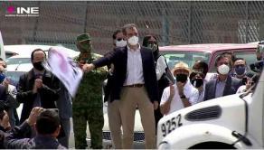 Ciudad de México, México, 7 de mayo de 2021.- El consejero presidente del INE, Lorenzo Córdova Vianello, dio el banderazo de salida de los materiales electorales a los 32 estados del país.