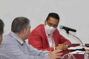 Xalapa, Ver., 12 de mayo de 2021.- Este miércoles, Hugo Gutiérrez Maldonado, titular de la SSP, se reunió con consejeros del Distrito XI del OPLE, para acordar acciones conjuntas que brinden certeza y seguridad a la población en la jornada electoral del 6 de junio.
