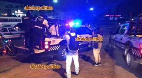 Xalapa, Ver., 17 de mayo de 2021.- Elementos de la Policía Estatal arribaron para detener a los profesores que bloqueaban la avenida Lázaro Cárdenas, a la altura de la SEV; fueron trasladados al cuartel de San José.