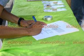 Xalapa, Ver., 28 de julio de 2021.- Integrantes del Movimiento Cannábico Mexicano, que se colocaron frente a SESVER, destacaron la importancia de la información acerca del uso medicinal y consumo lúdico de la cannabis.