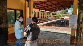 Coatepec, Ver., 1 de agosto de 2021.- Poca afluencia se registra en las primeras horas de este domingo en las mesas receptoras de la Consulta Ciudadana, en el Pueblo Mágico.
