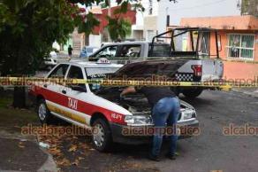 Veracruz, Ver., 4 de agosto de 2021.- Taxista fue asesinado a puñaladas en la colonia Chapultepec; su unidad, la VB-6793,  fue hallada abandonada en la colonia Heriberto Jara. Al parecer se trató de un asalto. Autoridades ya investigan.