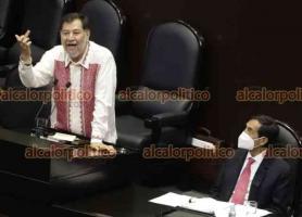 Ciudad de México., 23 de septiembre de 2021.- El diputado federal por el PT, Gerardo Fernández Noroña, hace una aparente seña obscena durante su intervención en el pleno de la Cámara de Diputados, en alusión a que en el pasado una compañera legisladora le realizó dicha seña.