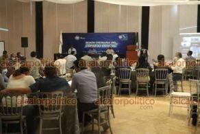 Xalapa, Ver., 26 de septiembre de 2021.- Integrantes del Consejo Estatal del Partido Acción Nacional (PAN), realizaron este domingo la sesión para la designación de los integrantes de la Comisión Organizadora Electoral, con miras a la renovación de su Comité Directivo en la Entidad, en el salón Ghal.