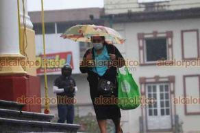 Xalapa, Ver., 22 de octubre de 2021.- En la Capital del Estado prevalece un clima nublado con lluvias y neblinas, esperándose persistan durante el transcurso del día.