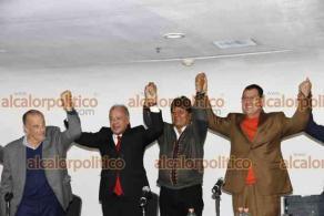 Ciudad de México, México, 22 de octubre de 2021.- El ex presidente de Bolivia, Evo Morales y el presidente del PT, Alberto Anaya, en el marco del XXV Seminario